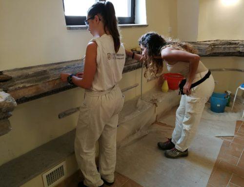 Si lavora per il recupero degli antichi stucchi