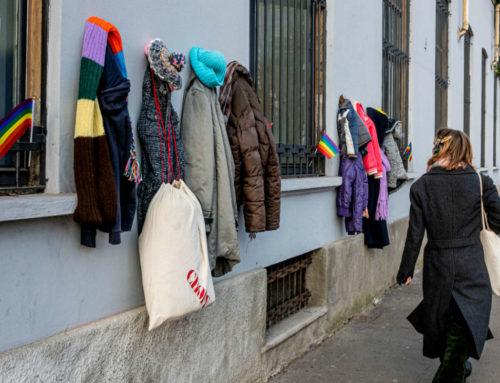 Il Muro della Gentilezza per aiutare i poveri