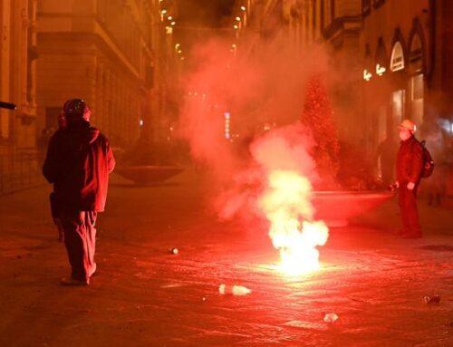 Le proteste dilagano e devastano l'Italia
