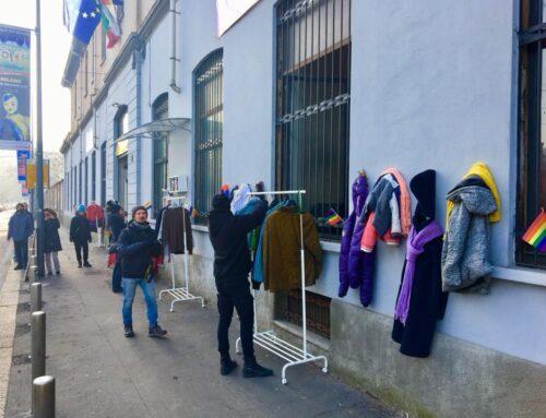 Milano, il muro della gentilezza ha un anno