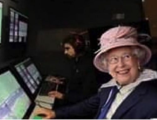Sul web impazza la regina Elisabetta al Var